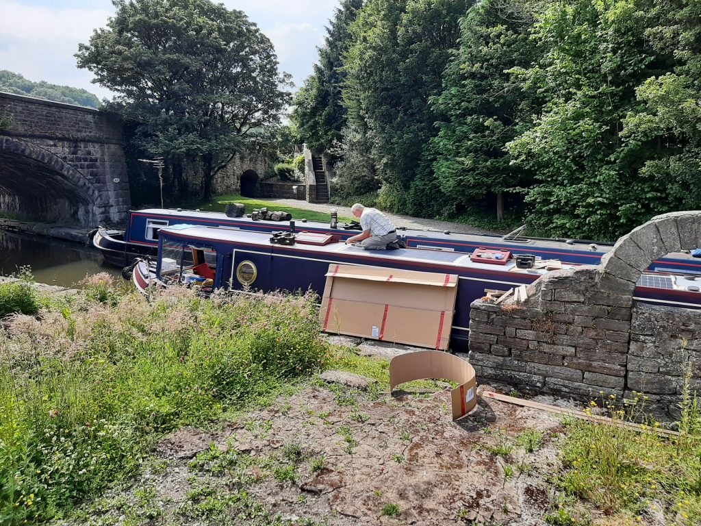 Solar Panelbeing fitted to Narrowboat Firecrest