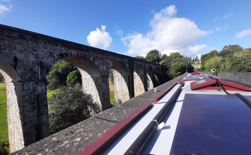 Approaching the aqueducts